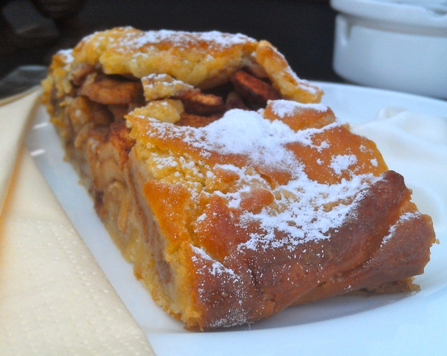 apple strudel hotel turm bike tours italy italiaoutdoorsfoodandwine