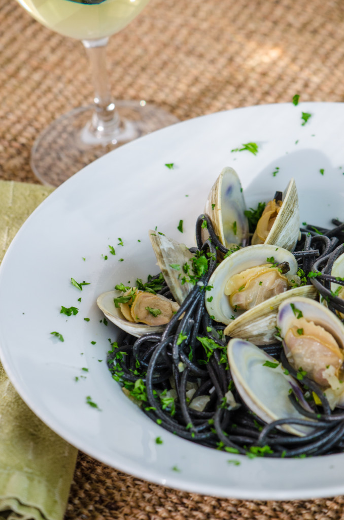 spaghetti-vongole-wine-walking-tours-venice
