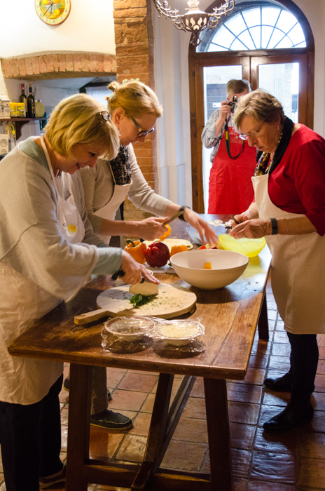 cooking-class-private-walking-tours-tuscany