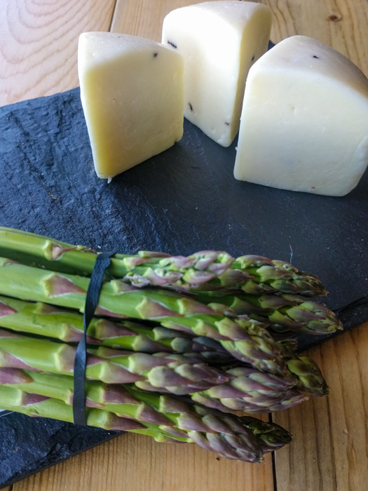 pecorino-asparagus-walking-tours-italy