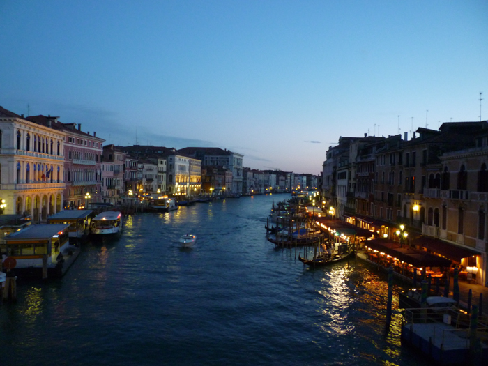 view-evening-rialto-venice-private-walking-tours-italy
