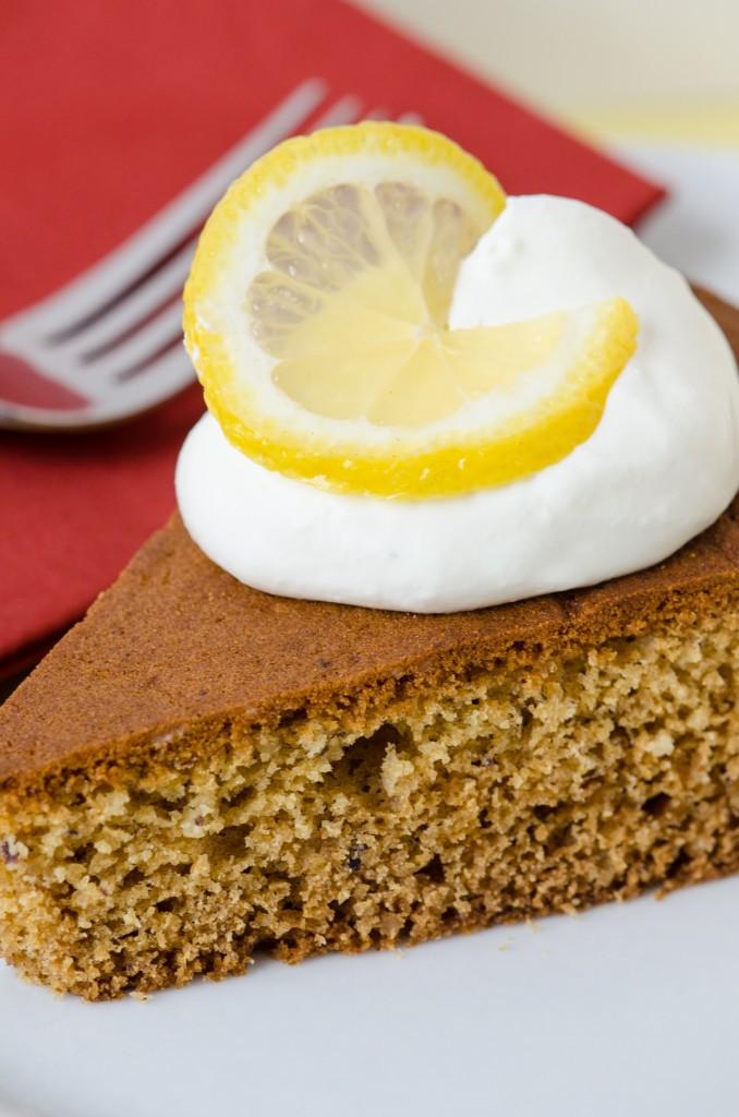 torta al miele close italiaoutdoors food and wine bike tours italy