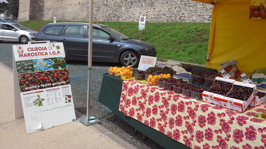 marostica cherries at market hiking tours italy