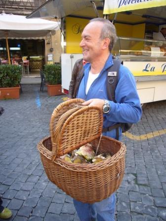 local-mushrooms-market-umbria