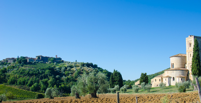 tuscany-abbey-view-private-cycling-tour