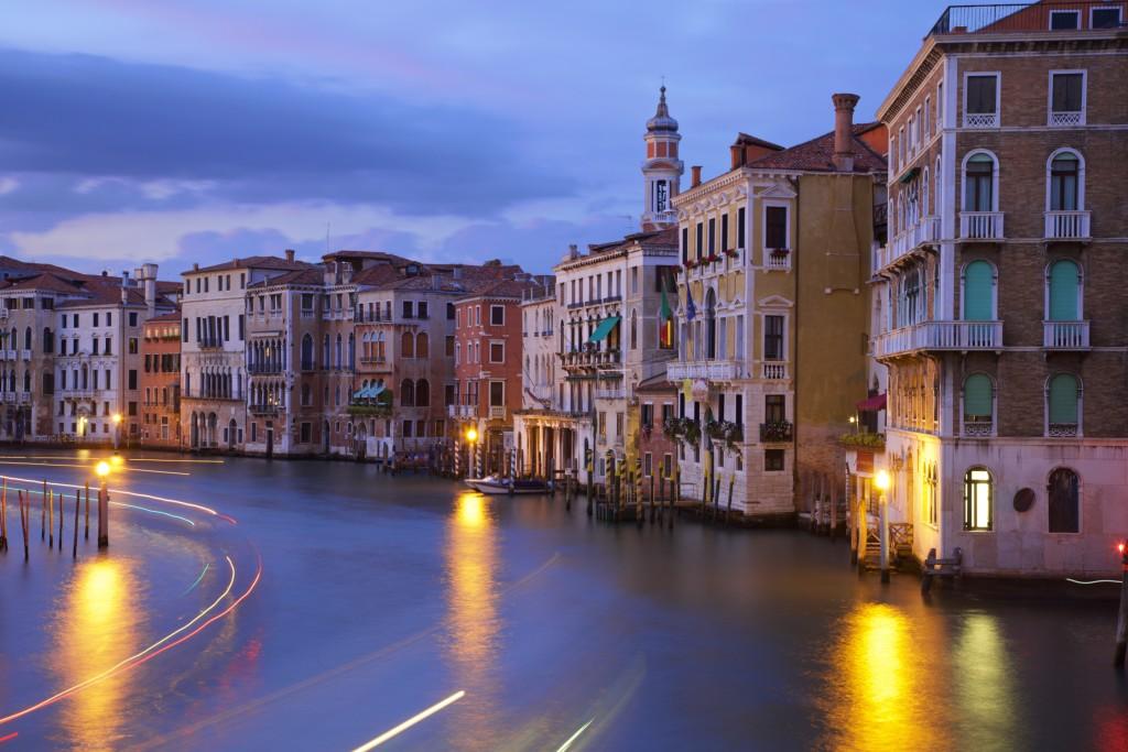 venice-grand-canal-night-walking-tours